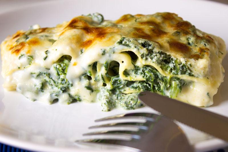 Receta de lasagna con espinacas ricotta y mozzarella la for Maneras de cocinar espinacas