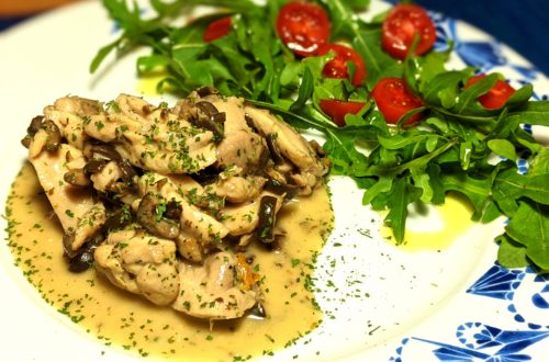 Pollo guisado con aceitunas (spezzatino di pollo con le olive)